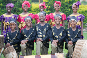 UgandanChildrenChoirPublicity Photo-12tour-SMALL